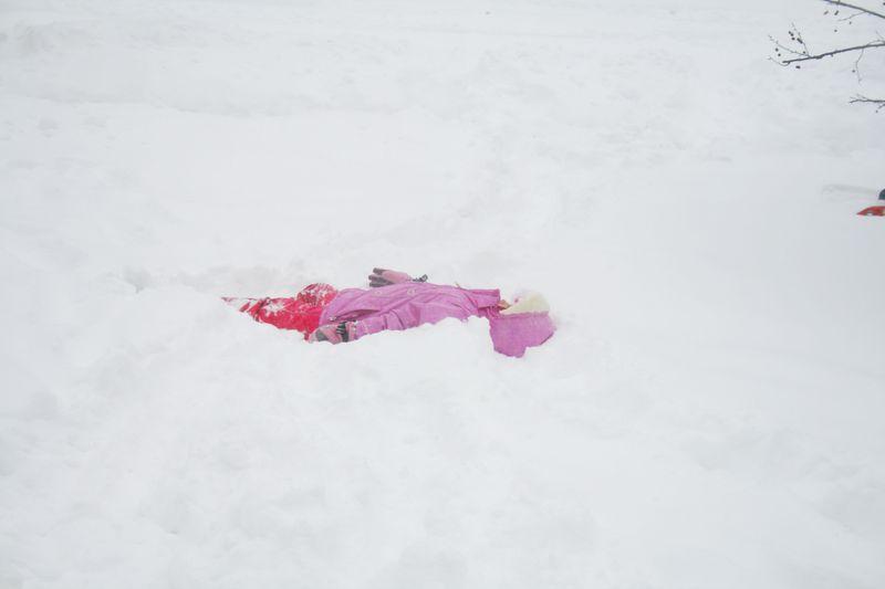 Linnea-Snow Storm 2010 036